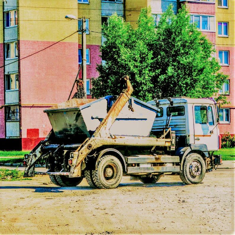 Вывоз мусора контейнерами в Москве
